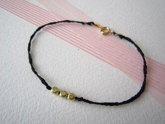 Silk yarn bracelet☆(黒)の画像