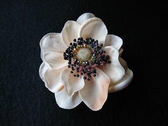 anemone corsage & head dress ( クリームベージュ )の画像
