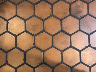 数量限定 1SET / 100枚 テラコッタタイル 素焼 テラコッタ 六角形 リフォーム リノベーション 新築 店舗 自宅の画像
