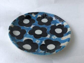 陶芸 手びねり 手作り 色絵つけ丸皿の画像