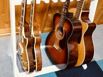 手作り木工 ギタースタンド (ホワイト) 9本掛けの画像