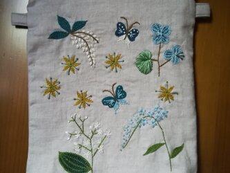 Petite Fleur*Pouch*Sacoche☆手刺繍ポーチ、サコッシュ☆リネンのポーチ、サコッシュの画像