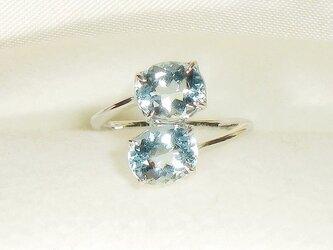 2.60ctアクアマリンとSV925の指輪(リングサイズ:10号、ロジウム厚メッキ、天然石、3月の誕生石、強い輝き)の画像