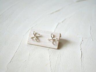 花結びピアス  silverの画像