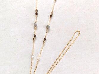 天然石のメガネチェーン(スモーキー×水晶×ラブ)の画像