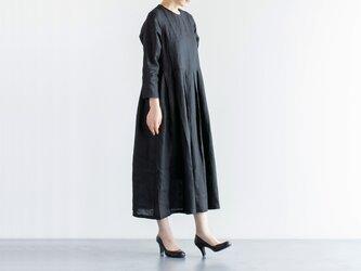 un cinq U20S-03 リネン タックドレス(ブラック)の画像