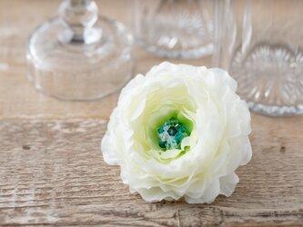 ラナンキュラスの花飾り~フワフワのヘアーアクセサリー~の画像
