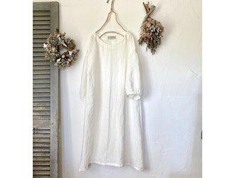 ふわり袖シンプルワンピース / 白(ベルギーリネン)の画像