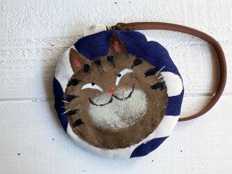 キジ猫の丸型ポーチ〈紺〉の画像