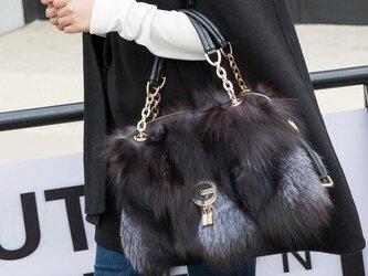 ¶ new antique fur ¶ ゴージャスシルバーフォックスバッグの画像
