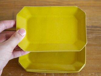 レモンイエローの八角皿の画像