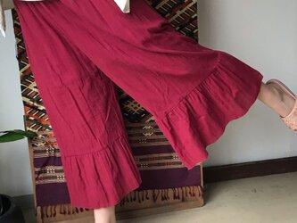 人魚のような裾たっぷりラッフルフレアのキュロットのコットンパンツ 赤の画像