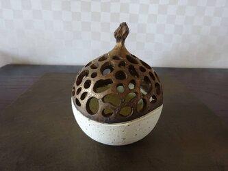 珊瑚砂透かし彫りミニ香炉・ポプリケース2の画像