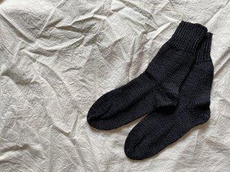 silk 手編みの靴下 blackの画像