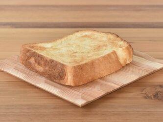 廃材木を使ったトースト皿 season2『杉』 の画像