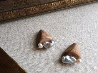 『水底の遺物』耳飾り 淡水パール f-97の画像