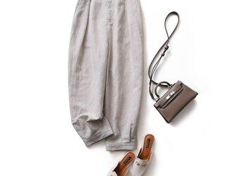 きれいに穿けるフロントタックパンツ リネン100% 裾絞りハイウェストパンツ 200805-1の画像