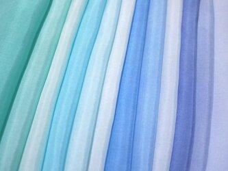 (E-1)正絹 胴裏 手染め12枚 はぎれセット ブルー系グラデーション つまみ細工用布の画像