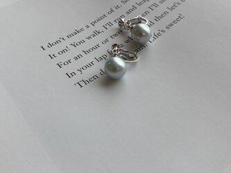 Silver925一粒パールイヤリング10mmブルーグレーパールの画像