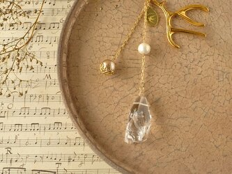 天然石とパールの帯飾り《水晶/H》【送料無料】の画像