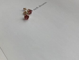 14KGF宝石質AAAピンクトパーズラウンドファセット1CTピアスの画像