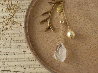 天然石とパールの帯飾り《水晶/G》【送料無料】の画像