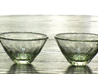 うすあめ色輪花モールミニカップの画像
