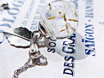 たんぽぽ綿毛のガラスドーム  氷のかけら ネックレスの画像