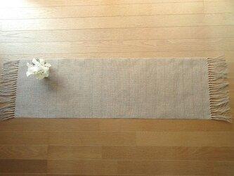 4)生成りの麻の手織りテーブルセンターの画像
