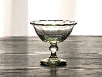 うすあめ色輪花モールデザートカップの画像
