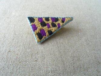 刺繍ブローチ とんがりの画像