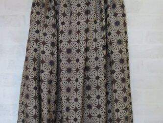 麻100% タックロングスカート 茶色  L~3Lの画像