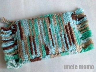 ドール用ツヴィスト刺繍のラグ(玄関・ルームマット)Sage Green 1/12ミニチュア・ファブリックの画像