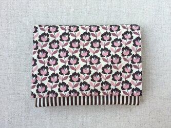 【送料無料】ポケットティッシュ、マスクケース ダークピンクの花の画像