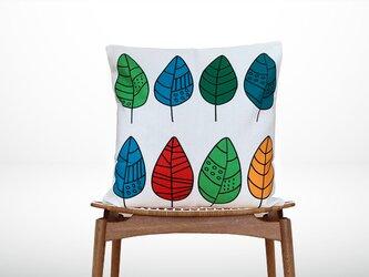 森のクッション Colorful leaves design  -ヒノキの香り-  -の画像