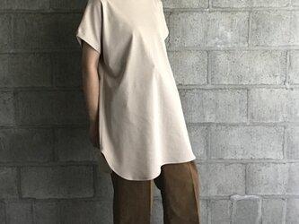 cutsew(beige)の画像