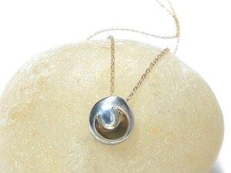 【一点物】K18 Gold ネックレス 卵型 三日月ネックレスの画像