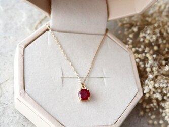 【K10】宝石質ルビーの一粒ネックレス(ラウンドファセットカット)の画像
