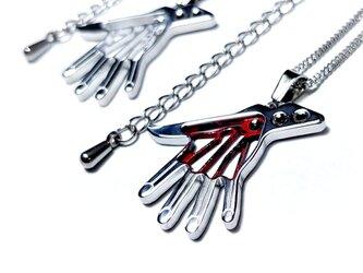 【ミイラの手ネックレス】コスプレや普段使いに / 肌に優しい(金アレ)の画像