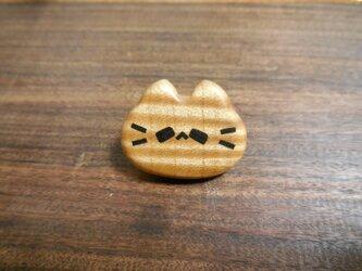 カーリーハードメイプルの平らピンズ ネコノカミの画像