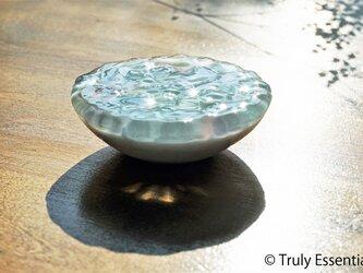 ガラスのアクセサリートレイ -「 KAZEの肌 」● ライラック ● 9.5cmの画像