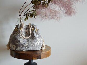 新作 ボタニカル花柄ハイクラスジャガード マリンバッグ グレーの画像