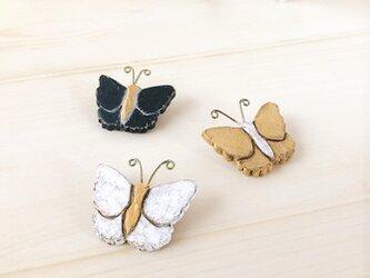 蝶のブローチ/WHの画像