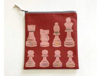 ファスナーポーチ正方形[チェス]赤の画像