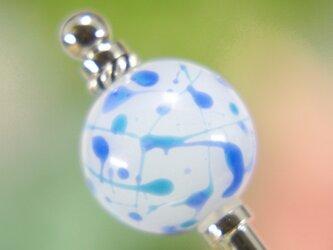 水風船模様とんぼ玉のかんざし 白✕青の画像