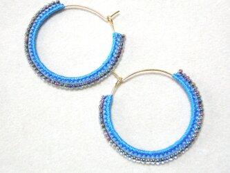 twocolors フープピアス(コバルトブルー&キラキラブルー)の画像