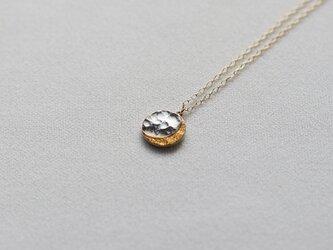 鍛金蒔絵 純銀ネックレス   [  三日月  ]の画像