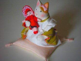 縮緬福猫 お人形の画像