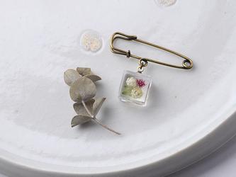 小さな野原のブローチ(無料ギフトラッピング, メッセージカード, 誕生日プレゼント)の画像