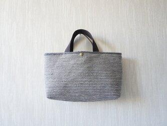 裂き織りのバッグ Mサイズ横長の画像